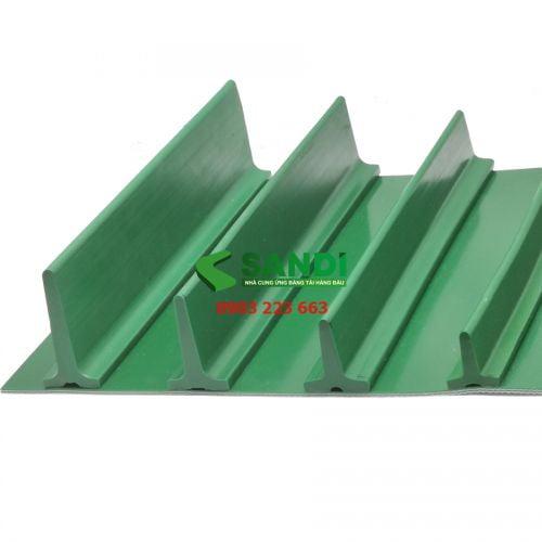 Vách băng tải PU xanh dạng T